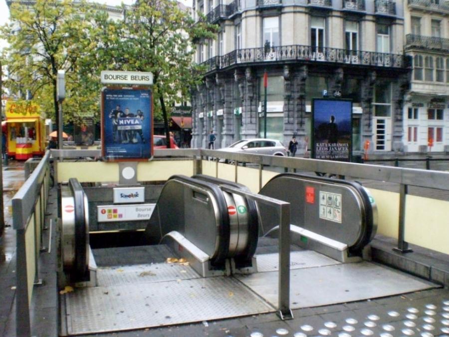 Metro de Brusselas